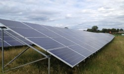 Solar-Panel-Install-640 pixels wide